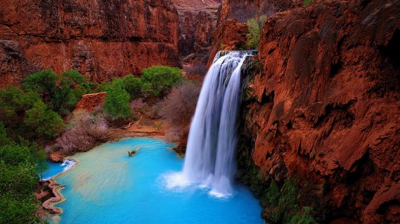 cascade eau