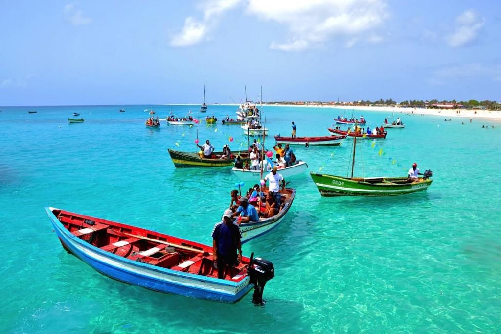 Les couleurs de l'île de Sal quand le soleil sort - hallucinantes!