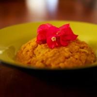 Lentilles corail au lait de coco et curry